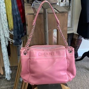 CHANEL LAX ACCORDIAN BAG DARK PINK